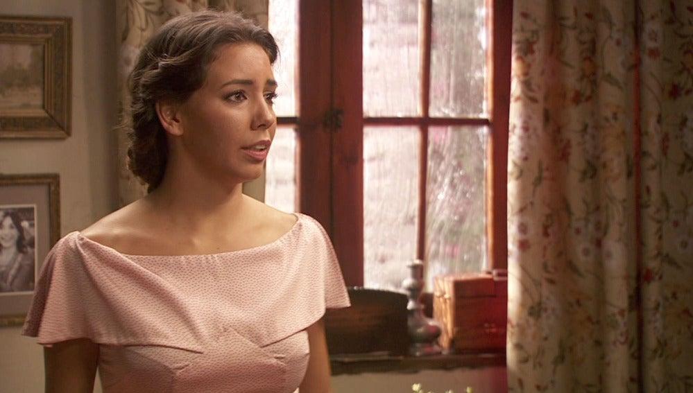 Emilia intenta reconquistar a AlfonsoEmilia intenta reconquistar a Alfonso