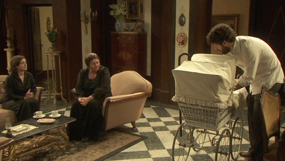 Rosario y Candela advierten a Bosco sobre Francisca
