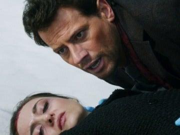 Henry y Jo hallan a la víctima con vida