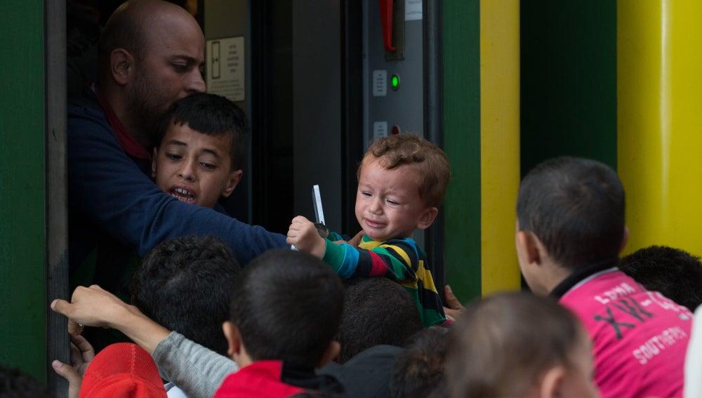 Los niños, la cara más dramática de la crisis de refugiados