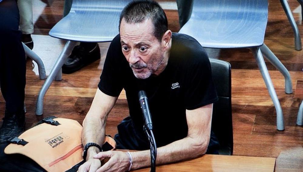 Julián Muñoz durante el juicio