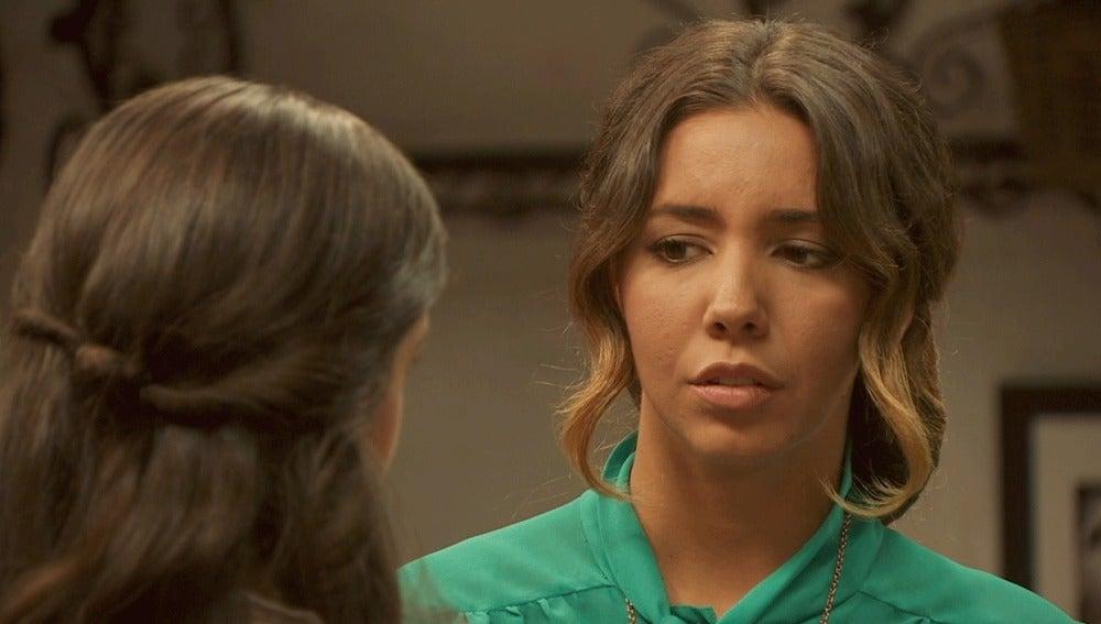 Emilia quita importancia a la amabilidad de Alfonso con Hortensia