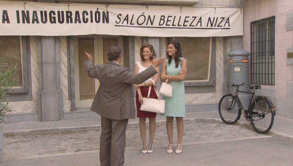 Loli Real y Sofía Contreras