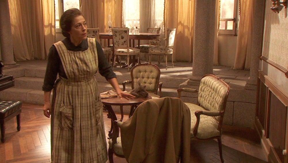 Francisca no se fía a Raimundo
