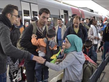 Refugiados en una estación de tren