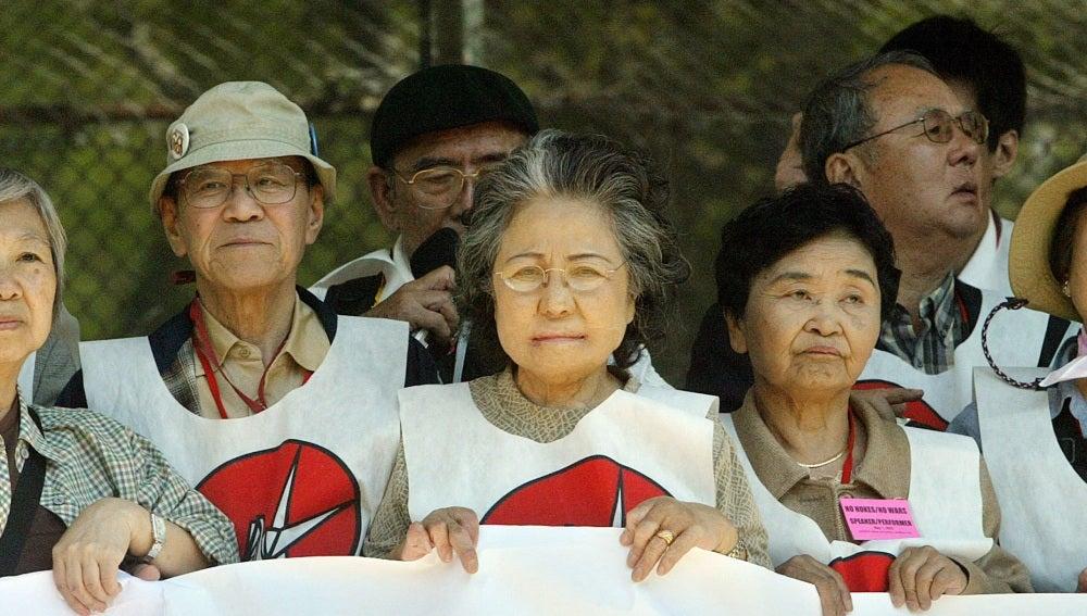 Supervivientes de la bomba atómica.
