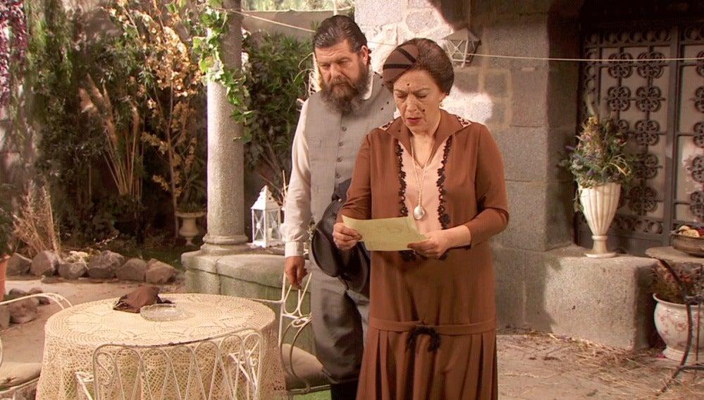 Francisca recibe respuesta del telegrama enviado a Fuerteventura
