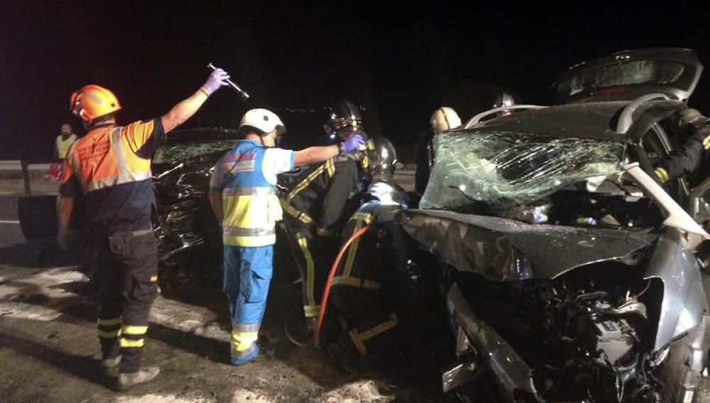 Imagen del siniestro en Colmenar Viejo que se ha saldado con tres víctimas mortales.