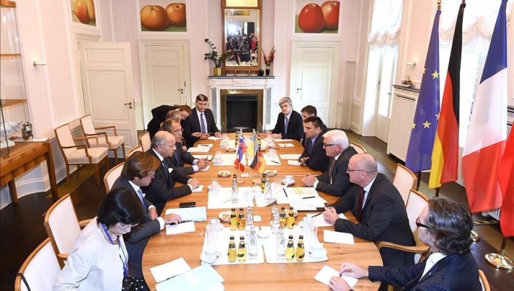 Ministros de Exteriores ruso, ucraniano, alemán y francés se reúnen en Berlín