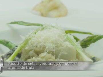 Risotto de setas, verduras y gambas al aroma de trufa