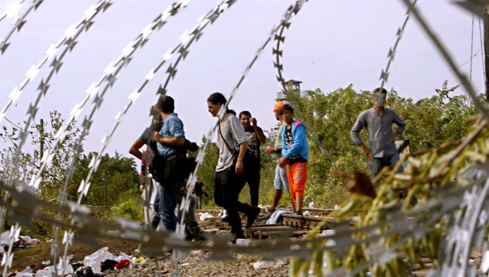 Croacia dejará pasar a los refugiados