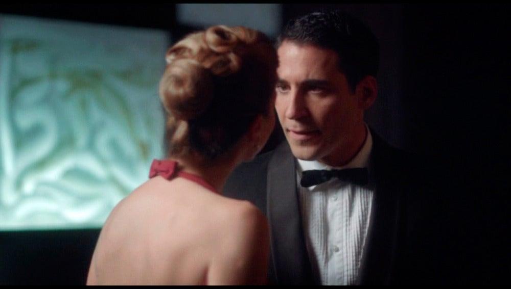 Alberto intentará frenarle los pies a una perversa Cristina