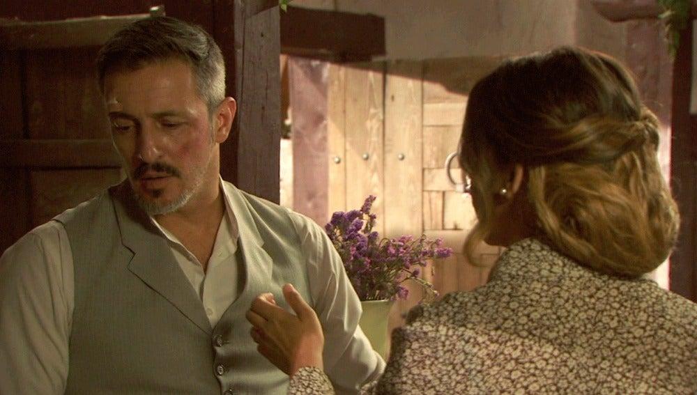 Alfonso evita a Emilia