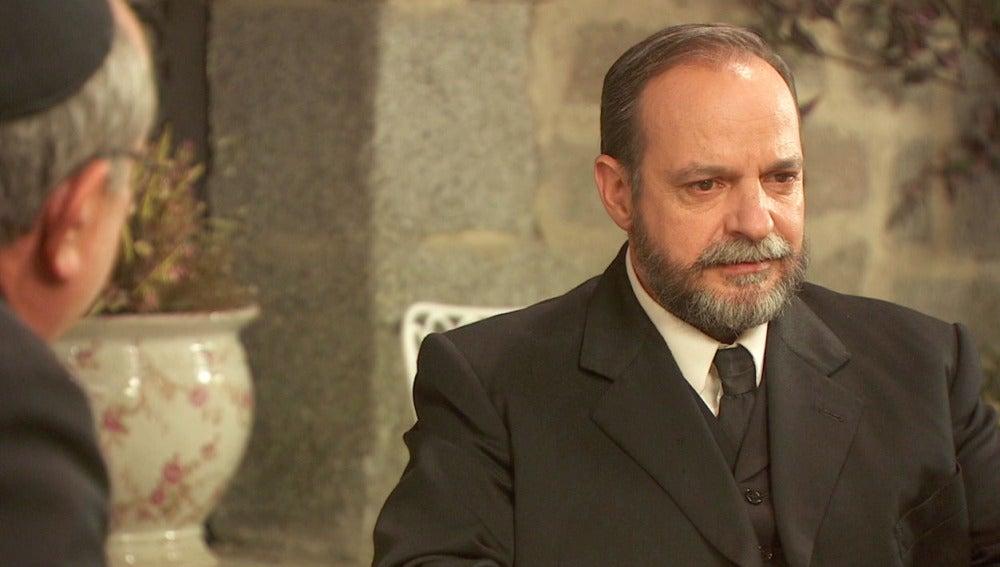 Raimundo no quiere preparar el funeral de Francisca