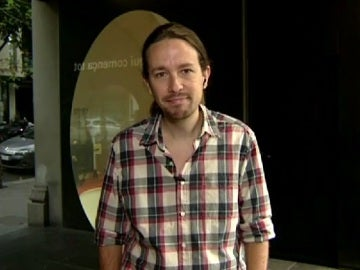 Pablo Iglesias, secretario general de Podemos, durante una entrevista en Espejo Público