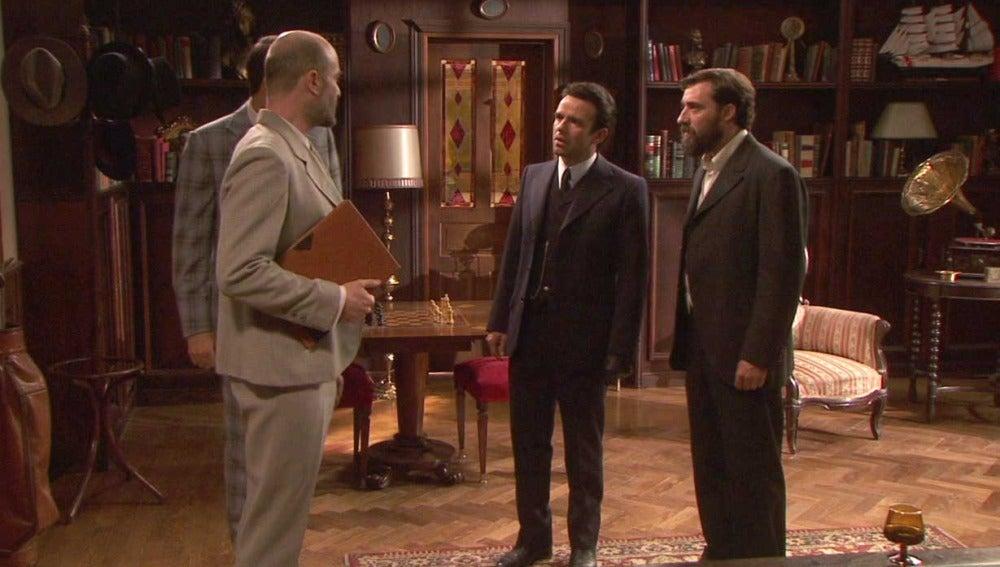 Severo y el detective se disponen a desenmascarar a Arsenio