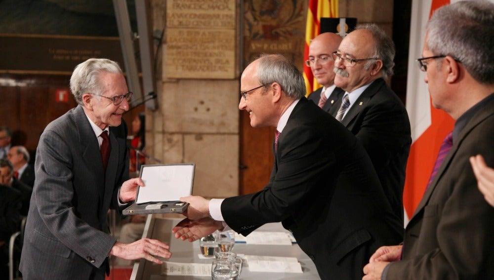 José Montilla entrega la Cruz de San Jordi al compositor