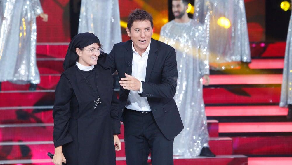 Silvia Abril se enfunda los hábitos para obrar el milagro en 'TCMS'