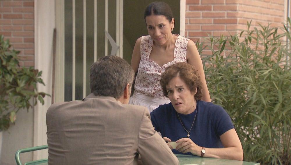El Dr. Martos, Manolita y Benigna
