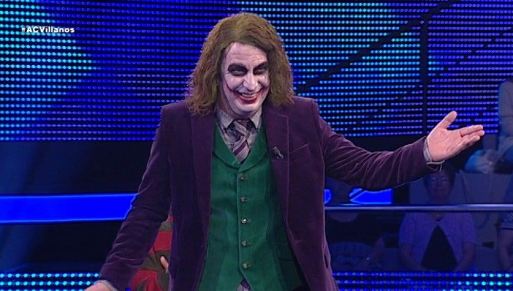 Arturo Valls encarna al Joker de 'Batman'