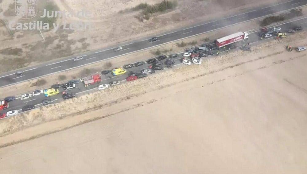 Accidente múltiple en la A-6, a la altura de Valladolid