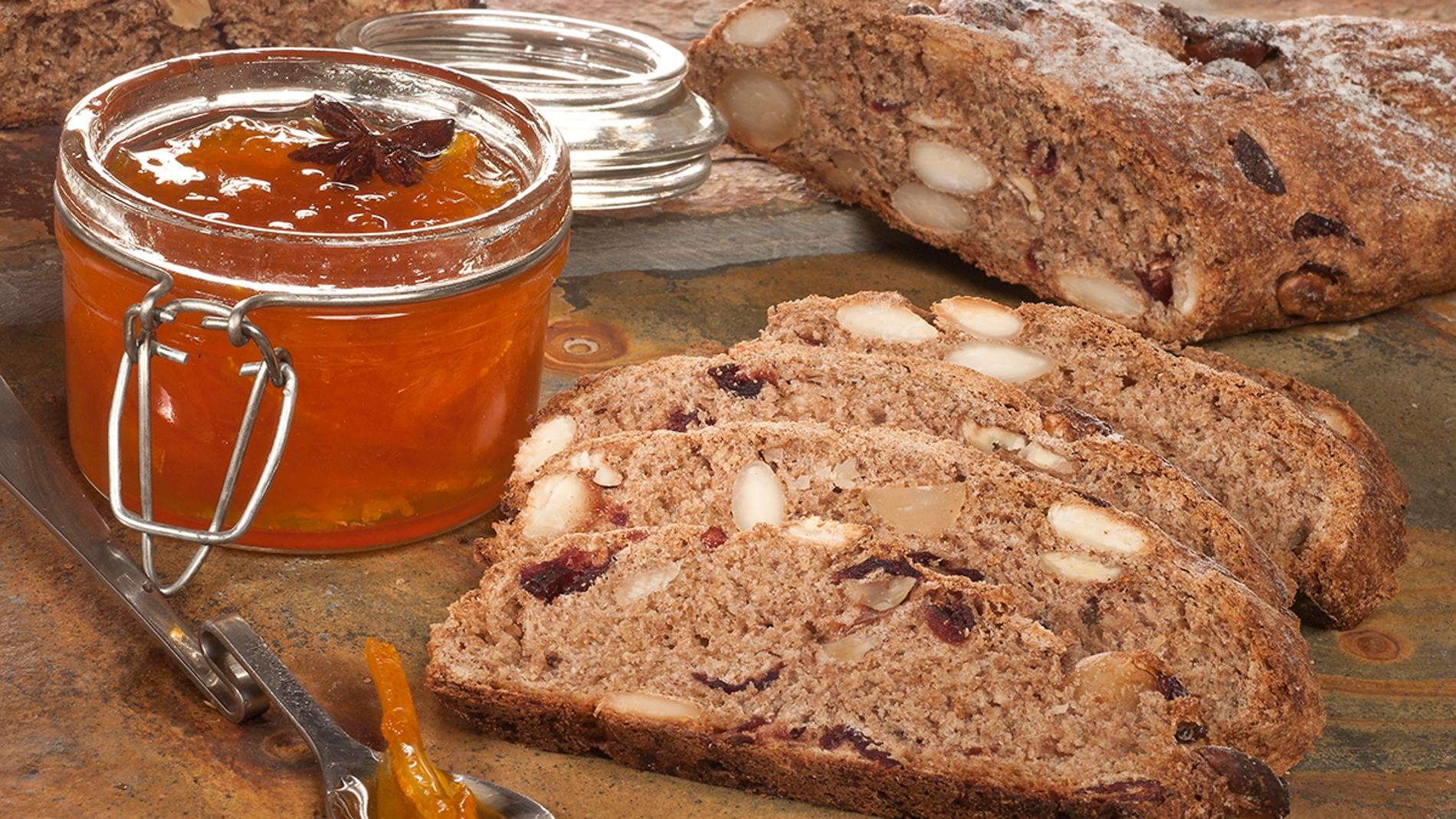 Pan integral de frutos secos