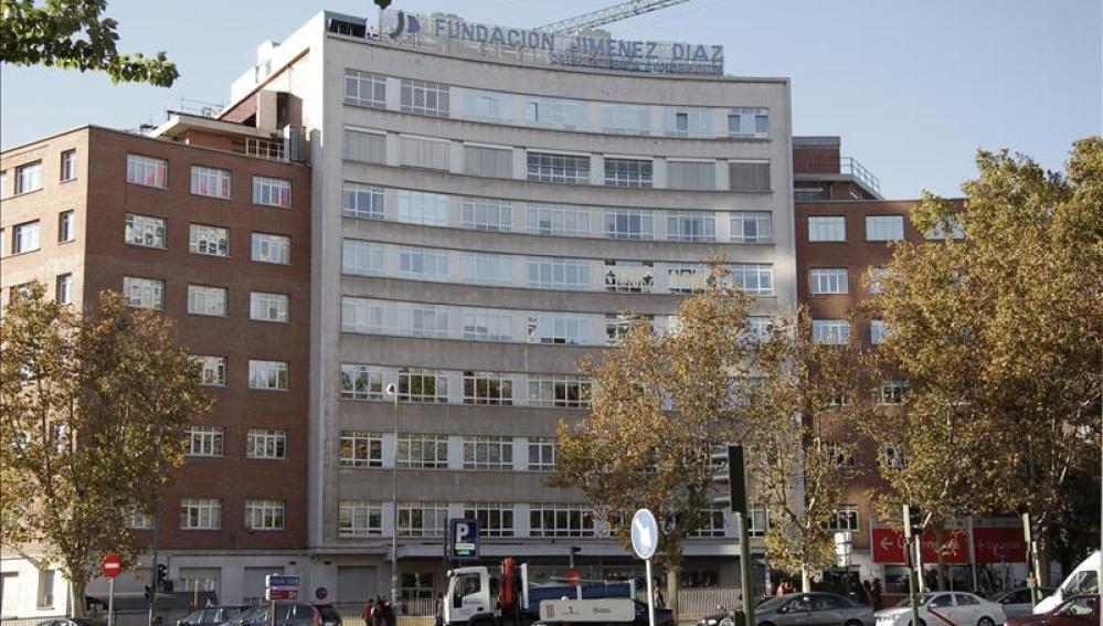 Fachada de la Fundación Jimenez Díaz ubicada en la plaza de Cristo Rey de Madrid.