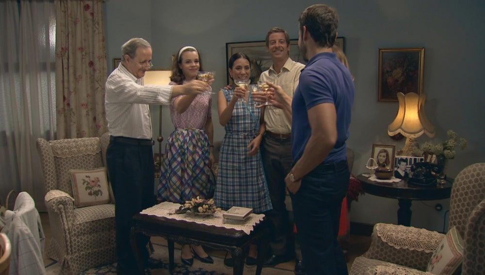 Miguel ya es parte de la familia Gómez
