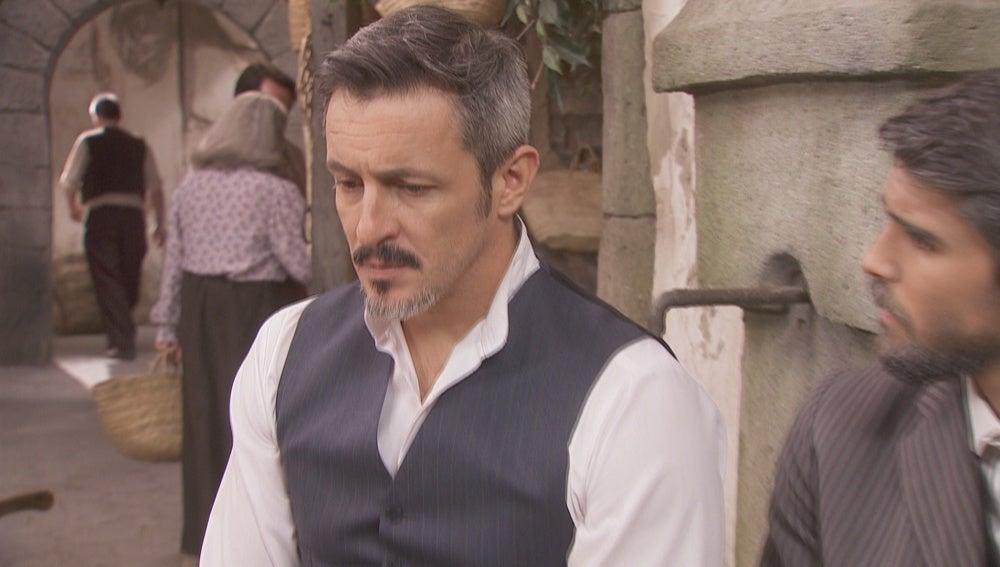 Alfonso, dispuesto a pagar el chantaje para recuperar a Emilia