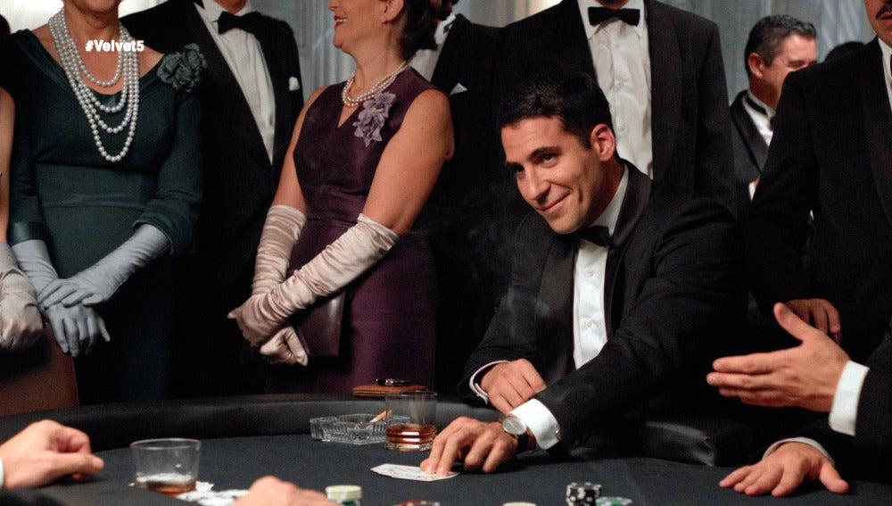 Alberto y Enzo, nuevos socios tras una tensa partida de Póker