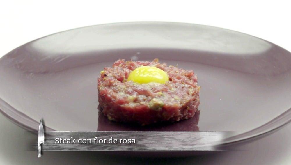 Steak con flor de rosa