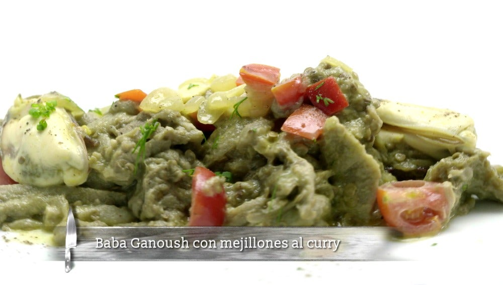 Baba Ganoush con mejillones al curry