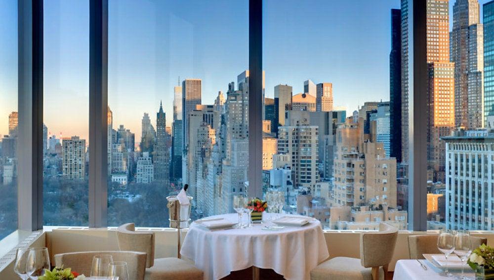 Interior de un restaurante neoyorquino.