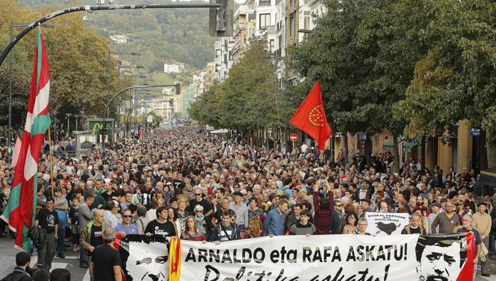Manifestación a favor de la liberación de Arnaldo Otegi