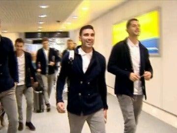 Los jugadores del Sevilla, a su llegada a Manchester