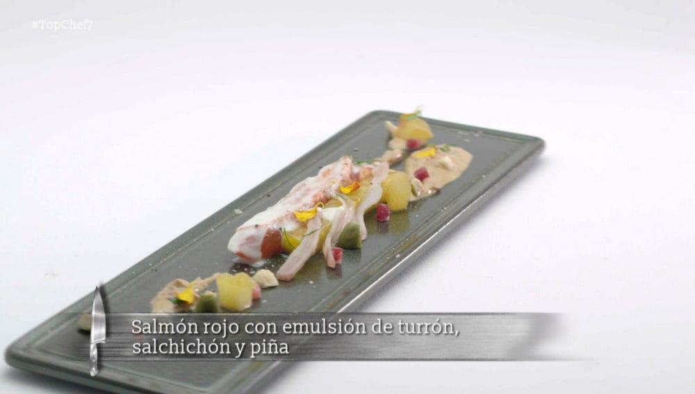Salmón rojo con emulsión de turrón, salchichón y piña