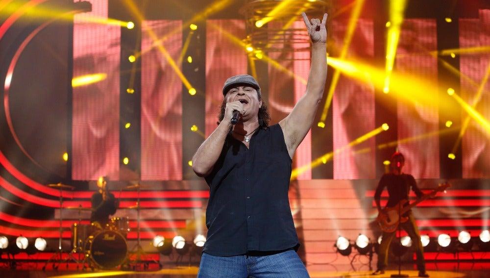 El Sevilla baja a los infiernos para interpretar a AC/DC en 'Highway to Hell'