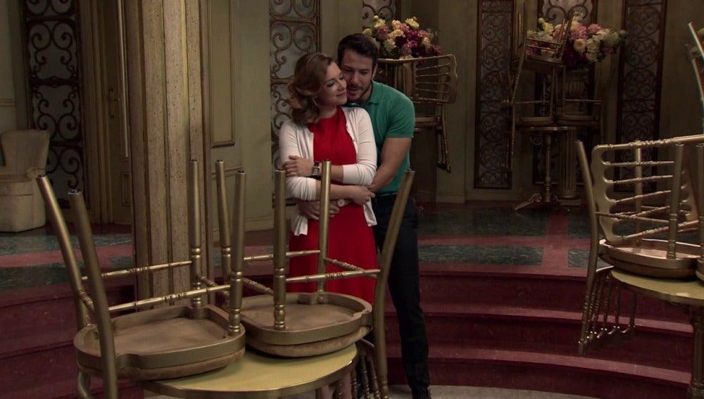 Miguel y Leonor se muestran ilusionados con la reapertura del Café Reyes