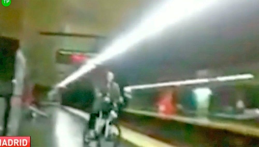 En bicicleta en el metro