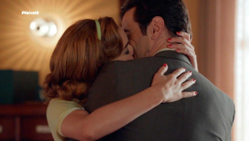 """""""Estoy loco por ti, quiero que me ames una vez más"""""""