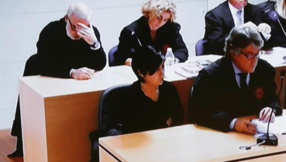 Rosario Porto y Alfonso Basterra, durante la lectura del veredicto