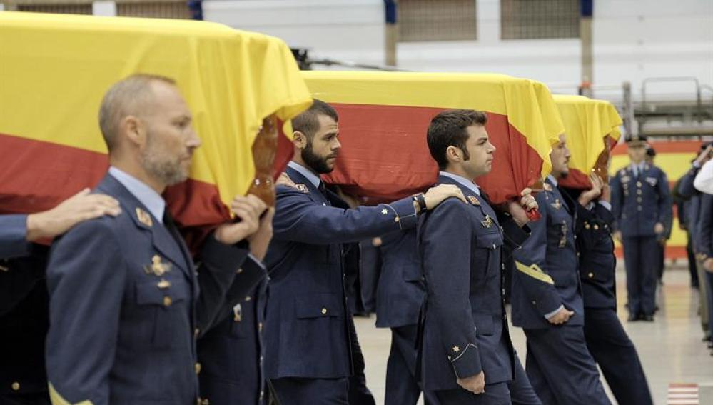 Funeral por los tres militares fallecidos en Canarias
