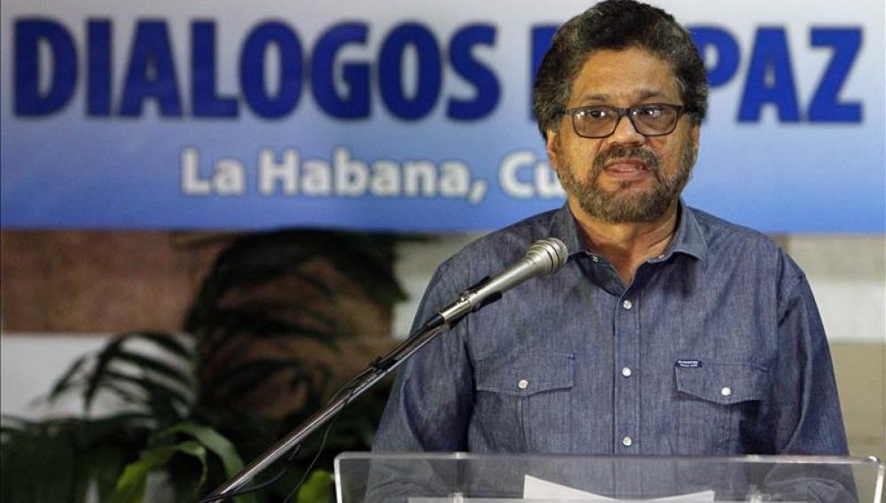 El segundo jefe de las FARC y líder de los delegados de la guerrilla, Luciano Marín