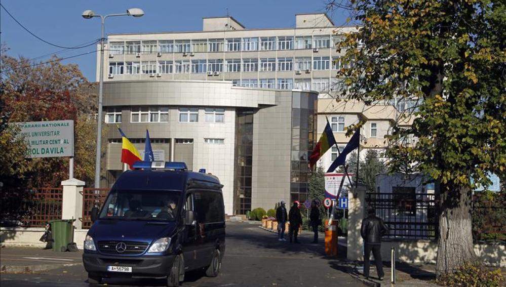 El Hospital Militar donde se encuentran ingresados los dos españoles que resultaron heridos