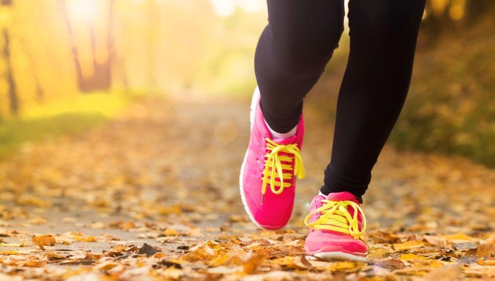 ANTENA 3 TV | Un estudio revela que caminar media hora a