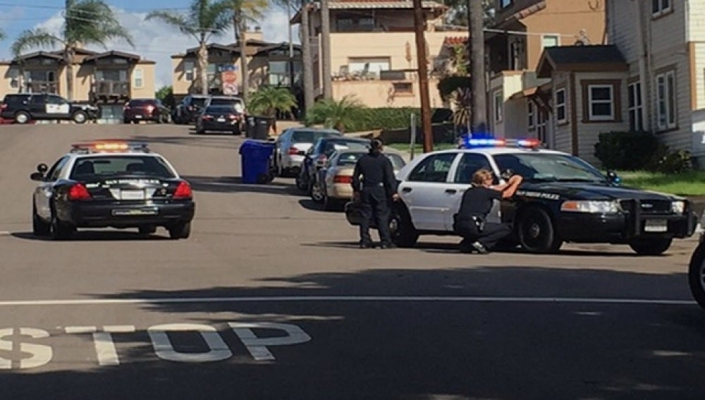 Efectivos de la policía de San Diego