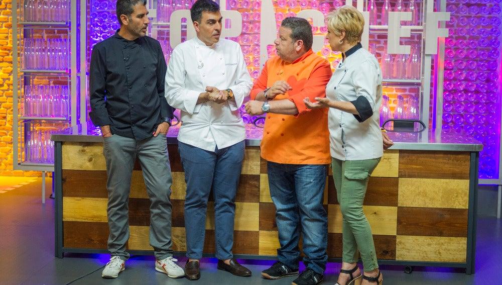 El jurado le explica a Ramón Freixa qué es el freestyle de Oriol