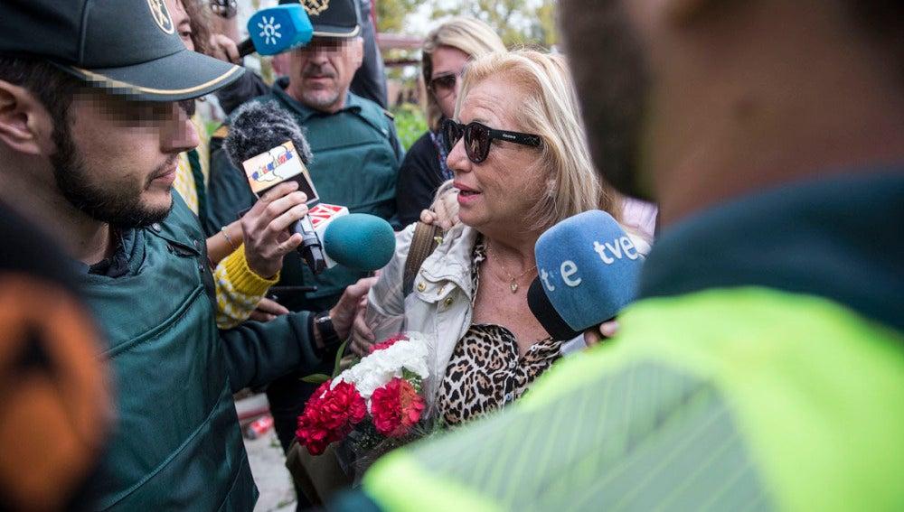 Maite Zaldívar saliendo de prisión
