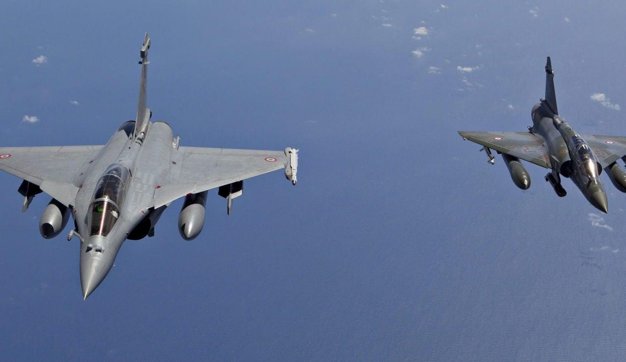 Cazas franceses se dirigen hacia Siria
