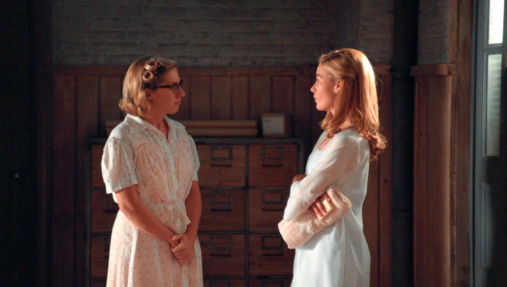 Rita pide consejo a Lucía sobre ginecólogos